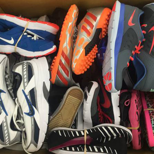 Sports shoes by pallet