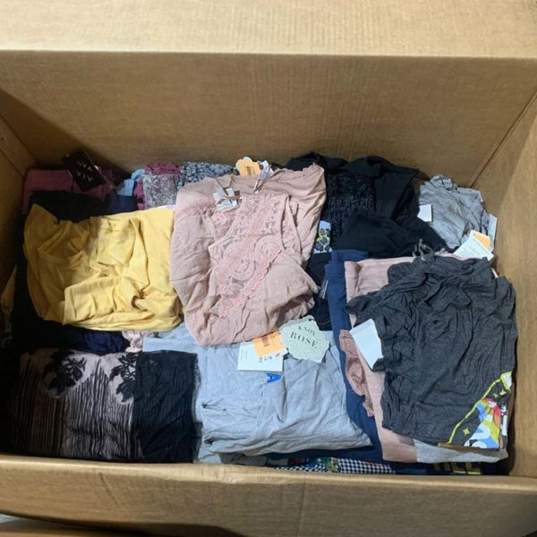 Lot of tops (blouses, shirt and tees) for women